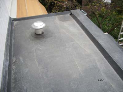 nieuw dak aanbouw achtergevel